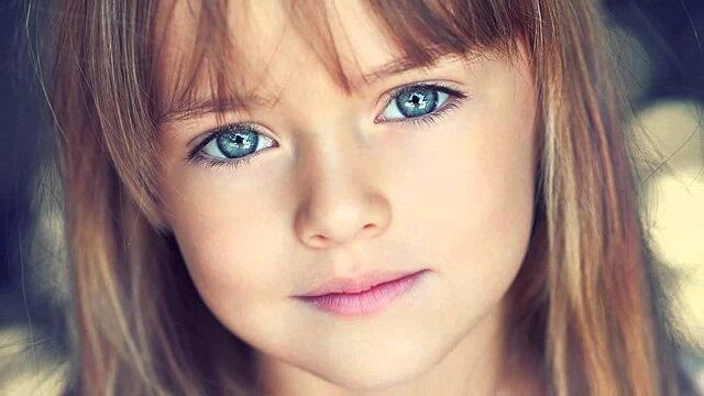 Cha mẹ cần biết các thông tin để bảo vệ đôi mắt cho con
