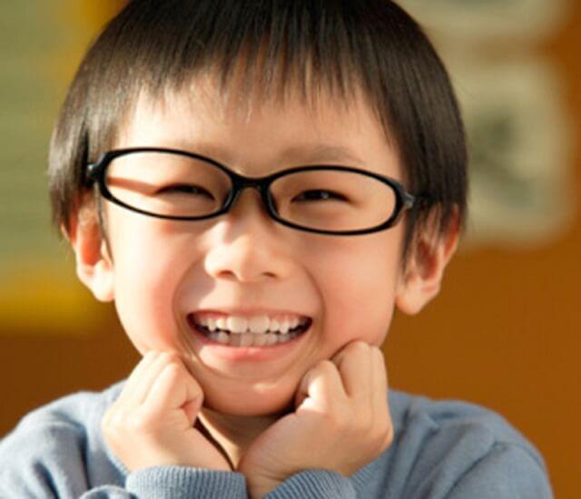 Bệnh lác mắt ở trẻ