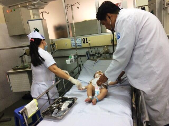 Co giật nặng ở trẻ phải cần đến sự can thiệp kịp thời của y bác sĩ
