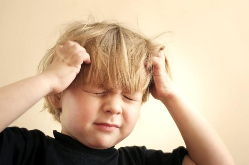Cha mẹ nên biết về 3 nguyên nhân chính gây ra bệnh đau đầu ở trẻ em