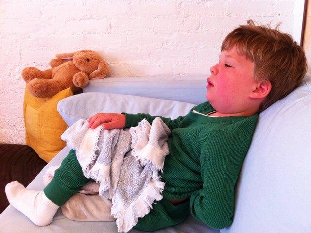 Tìm hiểu về bệnh Kawasaki ở trẻ em và 3 giai đoạn của bệnh