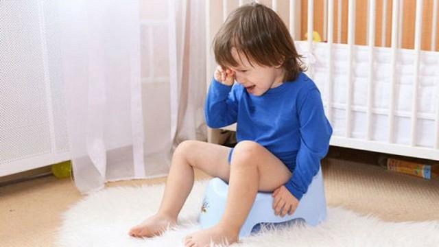 Tại sao trẻ mắc bệnh kiết lỵ?