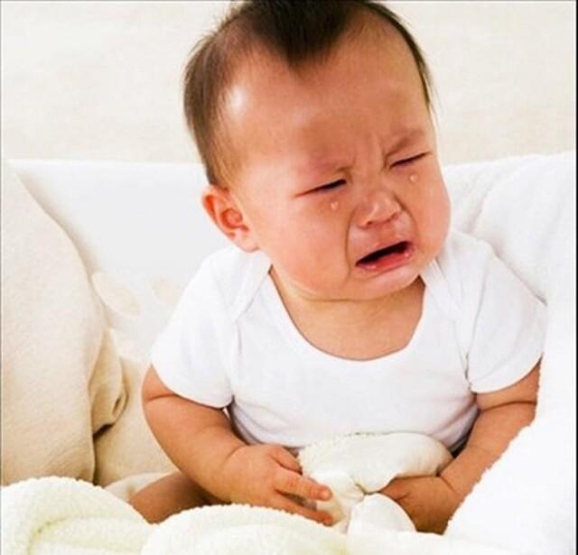 Bệnh lỵ khiến trẻ mệt mỏi do mất nước