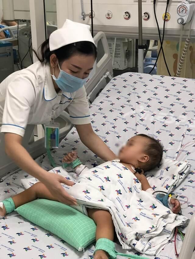 Trẻ trải qua các cuộc điều trị hóa chất cũng dẫn tới bệnh thận