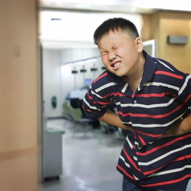 Viêm ruột gây ra những khó chịu ở trẻ nhỏ