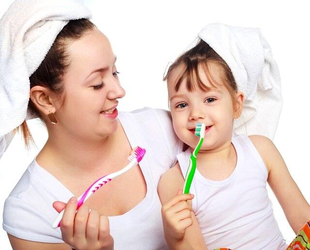 Cần xác định nguyên nhân trẻ bị hôi miệng từ đó có biện pháp điều trị thích hợp.