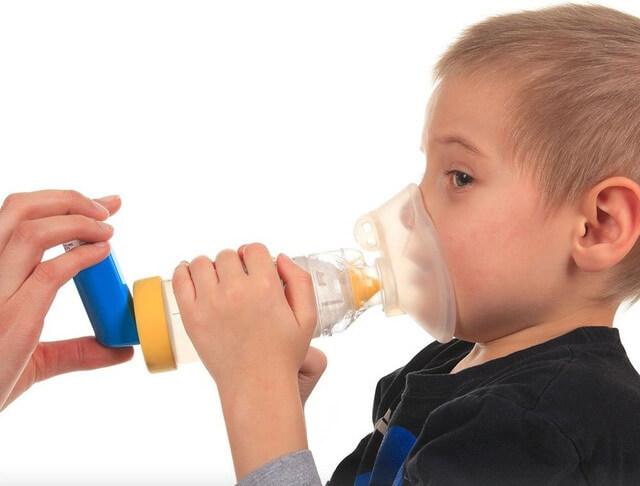Thuốc cắt cơn giúp bé dễ thở hơn